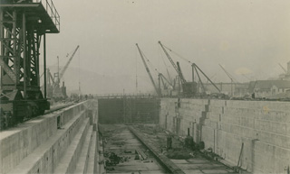 Swansea Drydocks April 1924